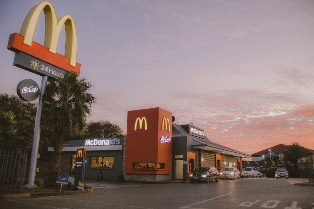 La legge del Focus del mercato. Esempio di McDonald